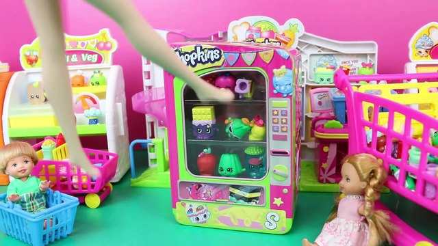 SHOPKINS VENDING MACHINE Frozen Kids Buy Shopkins Alex & Felicia Shopping With Elsa & Spiderman