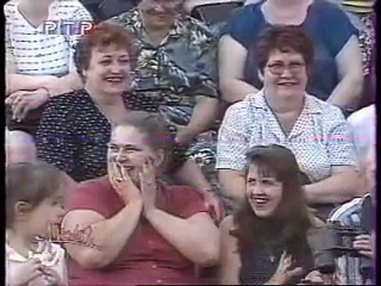 staroetv.su / Аншлаг (РТР, 2000) Николай Лукинский — С Новым Годом, пошёл на фиг!