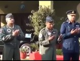 This Happens Only in Pak - Air Chief Flying F-16 on Pakistan Day