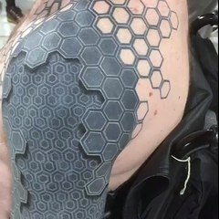 Que Signifie Le Fameux Tatouage Fleche Et D Ou Vient Il
