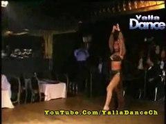 الراقصة المثيرة لوسى رقص ساخن وه�