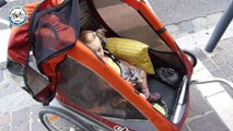 location de vélos Canal Du Midi randonnee remorque pour enfant