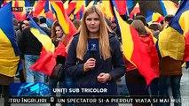 """Uniţi sub tricolor. PMAN a fost colorată în roşu, galben şi albastru. Români din toate colţurile R. Moldova au elogiat Unirea Basarabiei cu România de la 27 martie 1918. Au cerut ambasadelor UE și SUA sprijin pentru Unire. """"Vrem Unire!"""""""