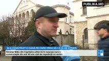 Întors de peste hotare, s-a pomenit că un intrus i-a ocupat casa. Se întâmplă în Chişinău. A revenit după tratament din străinătate şi a aflat că în locuinţa sa, pe care o construieşte din anii '90, este înscris un străin.