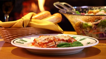 Here's the Recipe For Olive Garden's Lasagna Classico - Are You Drooling Yet?
