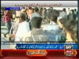 Imran faces raged MQM workers upon arrival at Jinnah Ground