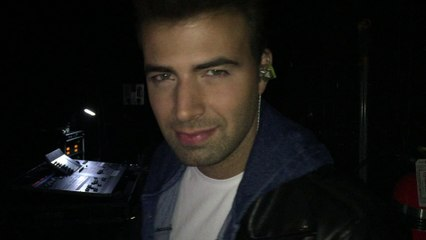 Jencarlos Getting Pumped For The Show