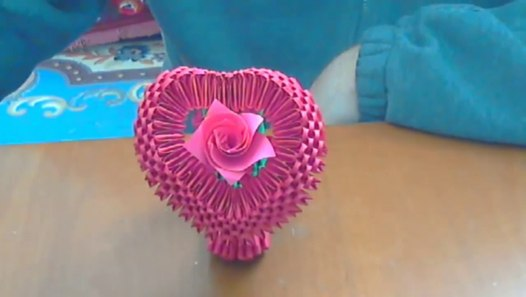 Puffy Heart Tutorial | Origami, Diy crafts, Diy origami | 297x526