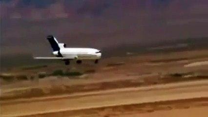 Real Plan Crash in Desert - Video Dailymotion