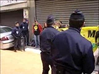 Greenpeace livre du maïs OGM à Sarkozy