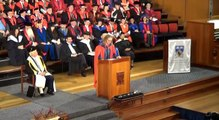Discurso de Tim Minchin en la ceremonia de graduación de la UWA 2013 [subtitulos español/inglés]