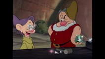 """Blanche Neige et les Sept Nains - Chanson """"Heigh-ho !"""" [VF