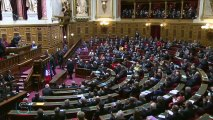 Ovation debout au Sénat pour le président tunisien Béji Caïd Essebsi