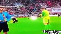 Funny Football Moments - (Cristiano Ronaldo,Neymar,Messi,Ibrahimovic & Amateur Footballer