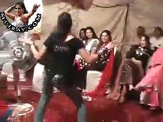 Chekni Chanbali – Punjabi Mujra Dance