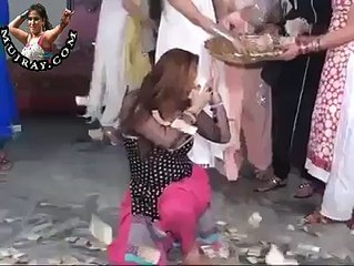 Punjabi Mujra Dance Party