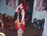 pakistani girl sexy dance on munni badnam hui darling teray liay