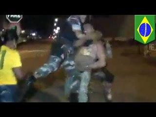 Ein Brasilianer nach Deutschland-Brasilien Spiel von Polizei vermöbelt