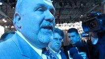John Mendel, Exec VP American Honda, in NYC Reporter Scrum Bob Giles NewCarNews.TV