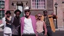 Mark Ronson ft. Bruno Mars - 'Uptown Funk'  [une parodie hilarante]