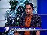 Mago Alejandro Navas reta la realidad en el set de Telenoticias