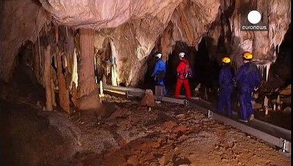 Франція: найбільша копія печери з найдавнішими малюнками у світі