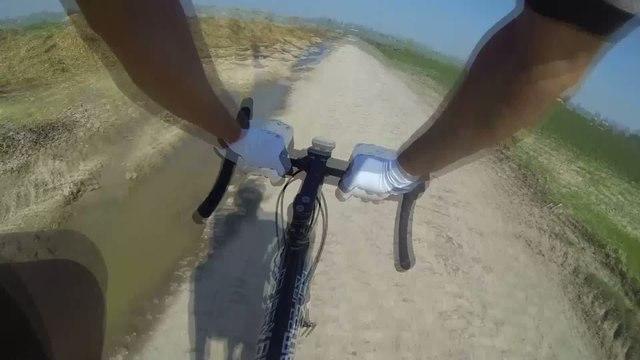 Cyclisme - Paris-Roubaix : Boue et poussière !