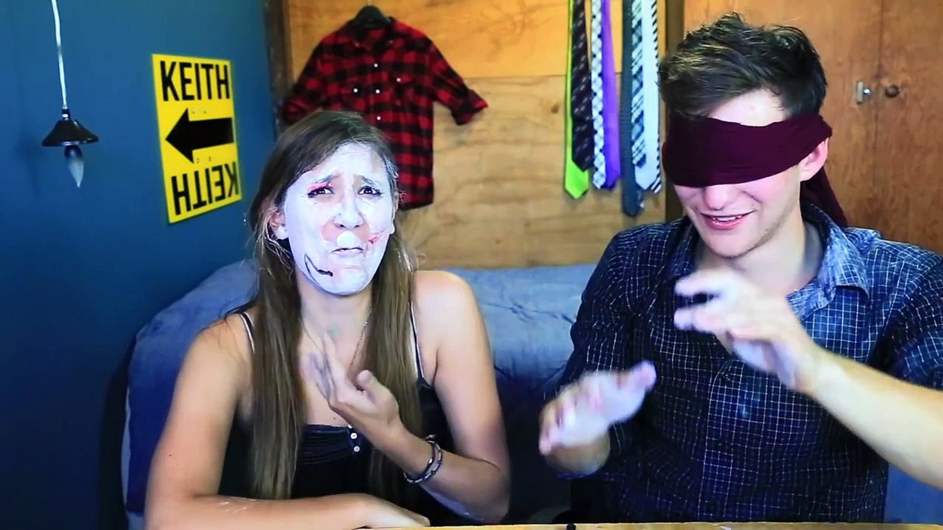 BLINDFOLDED MAKEUP CHALLENGE W/ BRIZZY VOICES