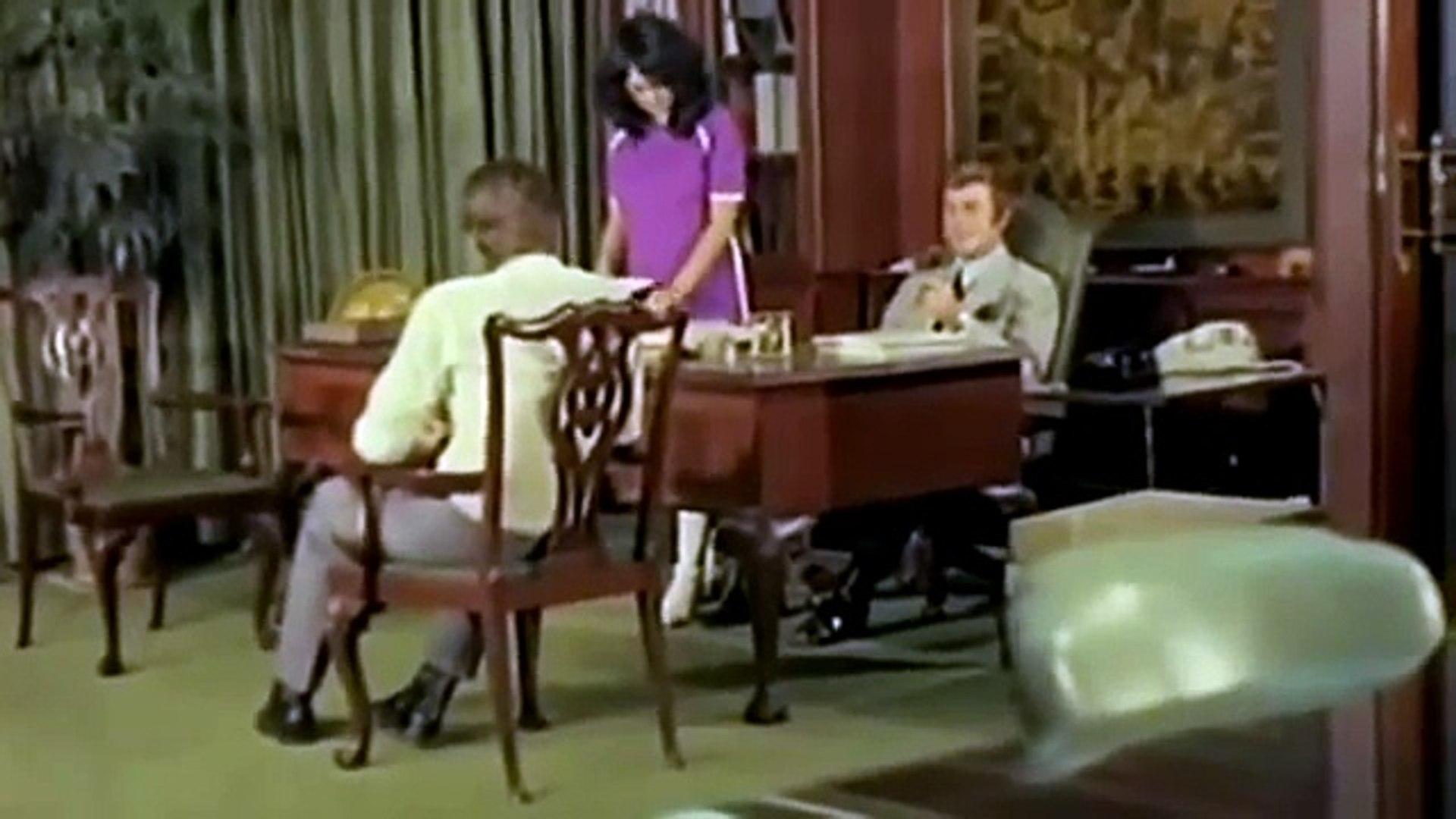 فيلم سيدة الأقمار السوداء- جودة عالية للكبار فقط