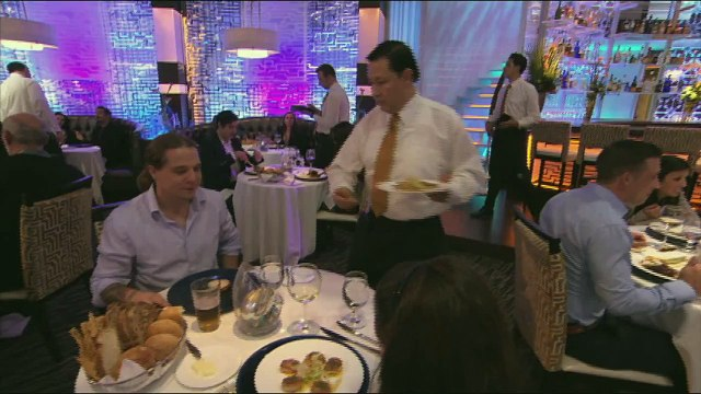 HELL'S KITCHEN   Scallops With A Side Of Plastic from  16 Chefs Compete    FOX BROADCASTING