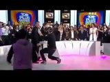 Aggression en direct de Christophe Dechavanne sur le plateau des 100 plus grands Moments de délire
