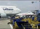 Comment c'est fait : Le Changement D'un Pneu d'Avion