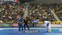 Augusto Mendes  Tanquinho  vs Rafael Mendes 2013 Worlds BJJ Black Belt Final - Feather Weight