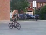 *-BMX 03-* BMX Flatland - Me doing a Bar Ride