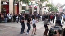 Flash Mob des étudiants de l'UHA de Mulhouse (rue du Sauvage)