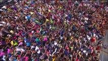 FLASH MOB  Oprah vs. Black Eyed Peas   I Gotta Feeling   Chicago