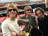 Triumph the Insult Comic Dog at a Bon Jovi concert - Outtakes