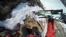 So Extreme Skiing session : 2 skiers falling in the mountain