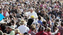 Pope Francis Urges Bishops to Deal With Church Pedophiles