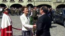 François Hollande fait perdre la tête aux Suisses