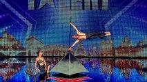 La France a un incroyable talent 2014 - Les Drapeaux Humains (GOLDEN BUZZER NO.2)