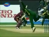 Shoaib Akhtar Best Top Wickets _ Bouncers. - YouTube