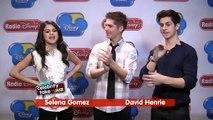 Selena Gomez, David Henrie, Jennifer Stone & Gregg Sulkin 'Cast a Spell' on Radio Disney's Jake