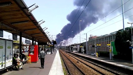 Incendie entrepôt La Courneuve