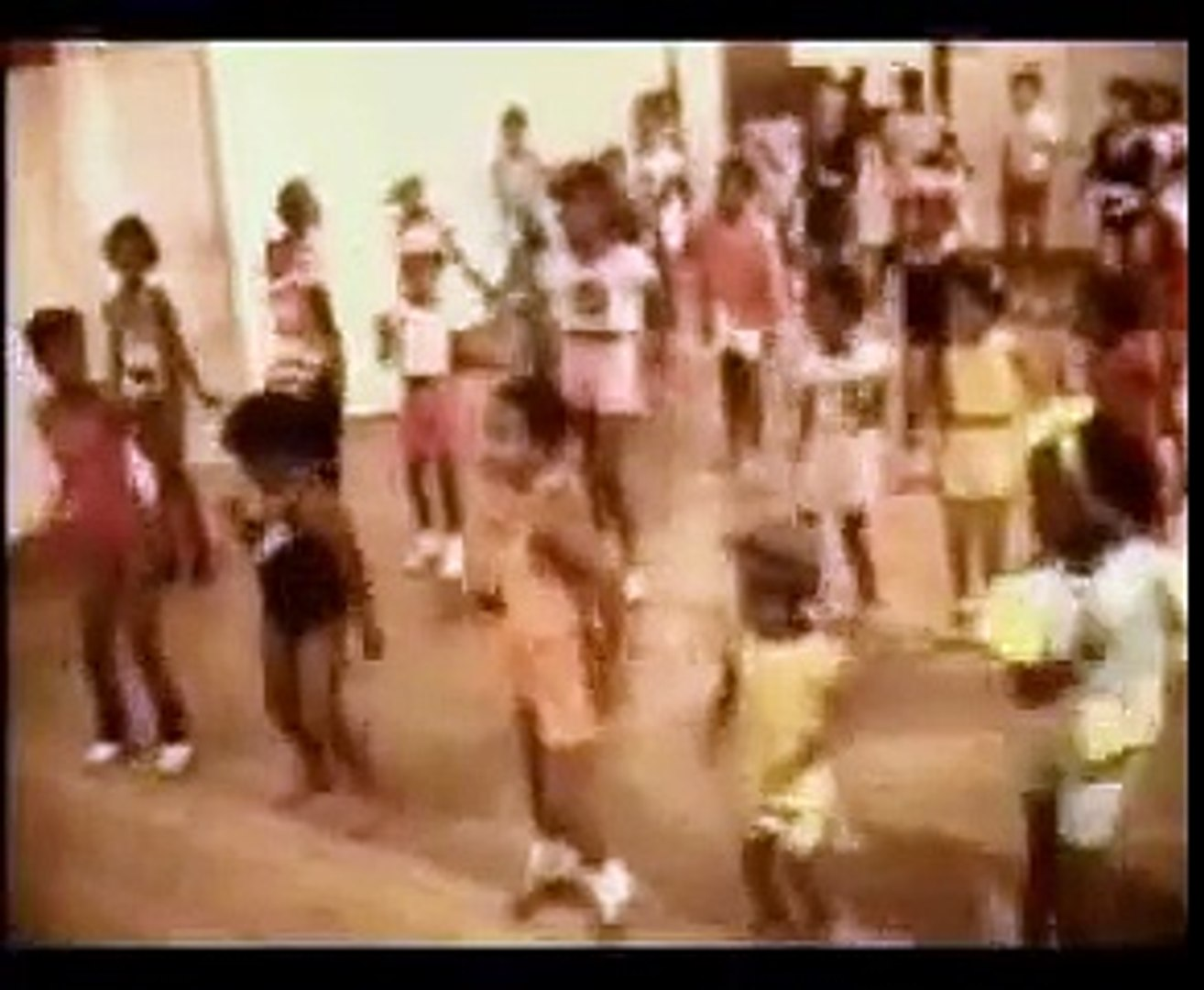 Brenda Fassie - Ag Shame Lovey - video dailymotion