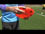 Freestyle Frisbee Throws & Tricks : Freestyle Frisbee: Overhand Wrist Flip