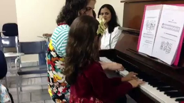 Gabriela Quintaes no seu primeiro recital
