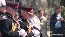 Colpi di cannone a Londra, Sua Maestà compie 89 anni - Nude News