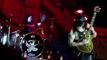 """Broken String Guitar Solo"" ~Slash live in Toronto sep.10,2010..."