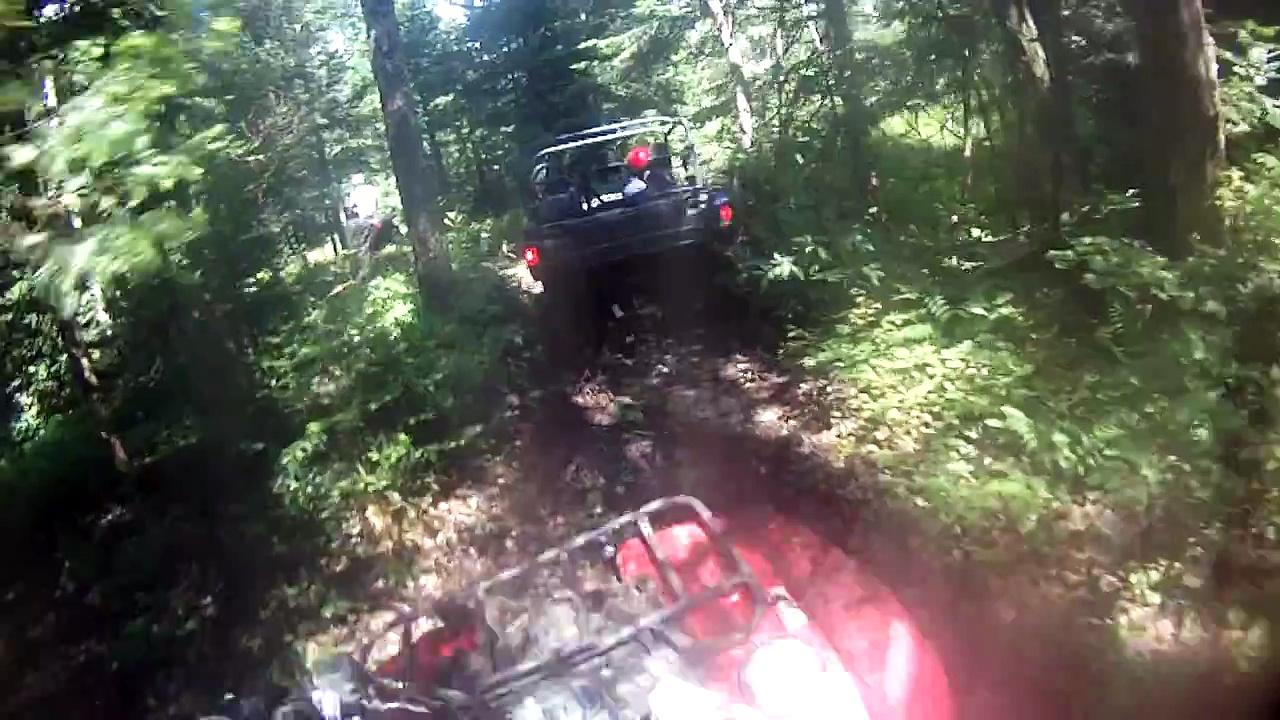 2014 Yamaha Grizzly 550 & Yamaha Viking Mud Run & Stream